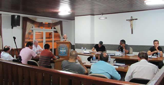 Secretaria da educação comparece na Câmara de Ribeira
