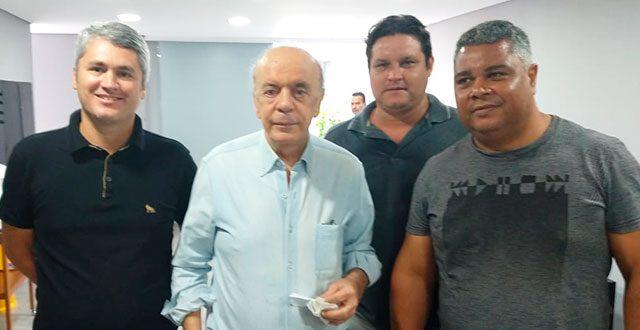 Vereadores de Ribeira se encontram com o Senador José Serra